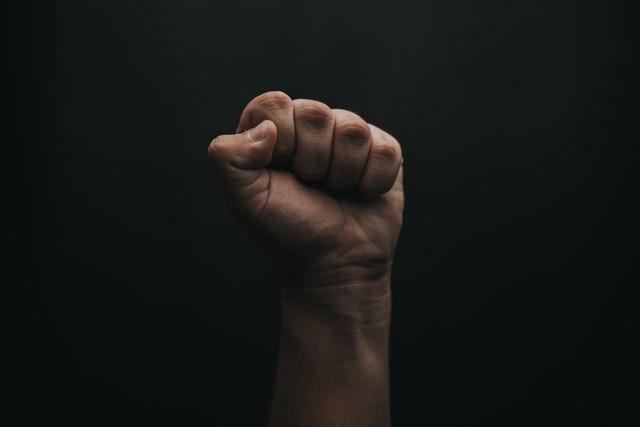 """Fisting: cómo no """"morir"""" en el intento"""