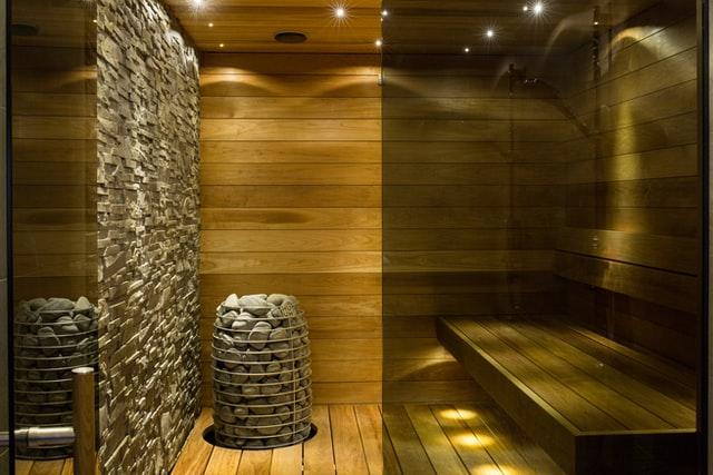 ¿Cómo llevar mis poppers al sauna?